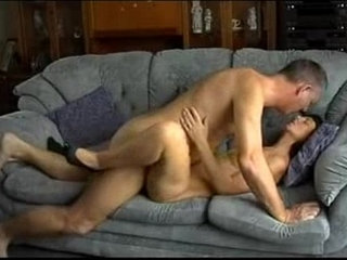 Father in law and daughter in law fuck in sofa